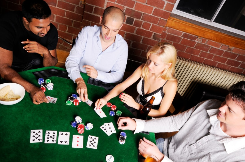 Изучаем правила игры в покер