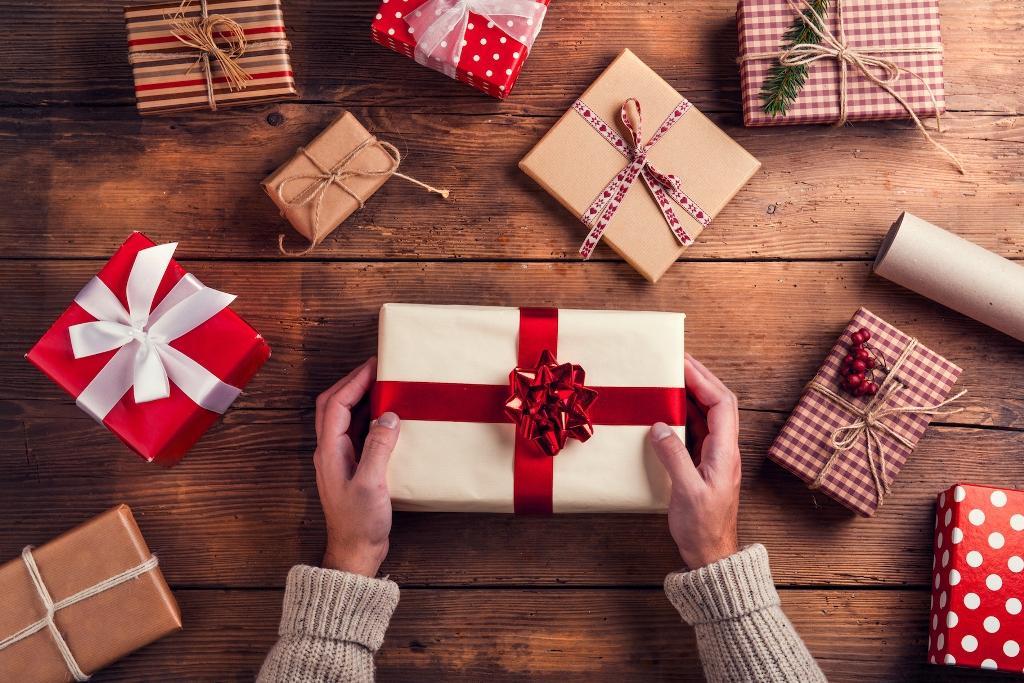 Особенности выбора подарка на разные праздники