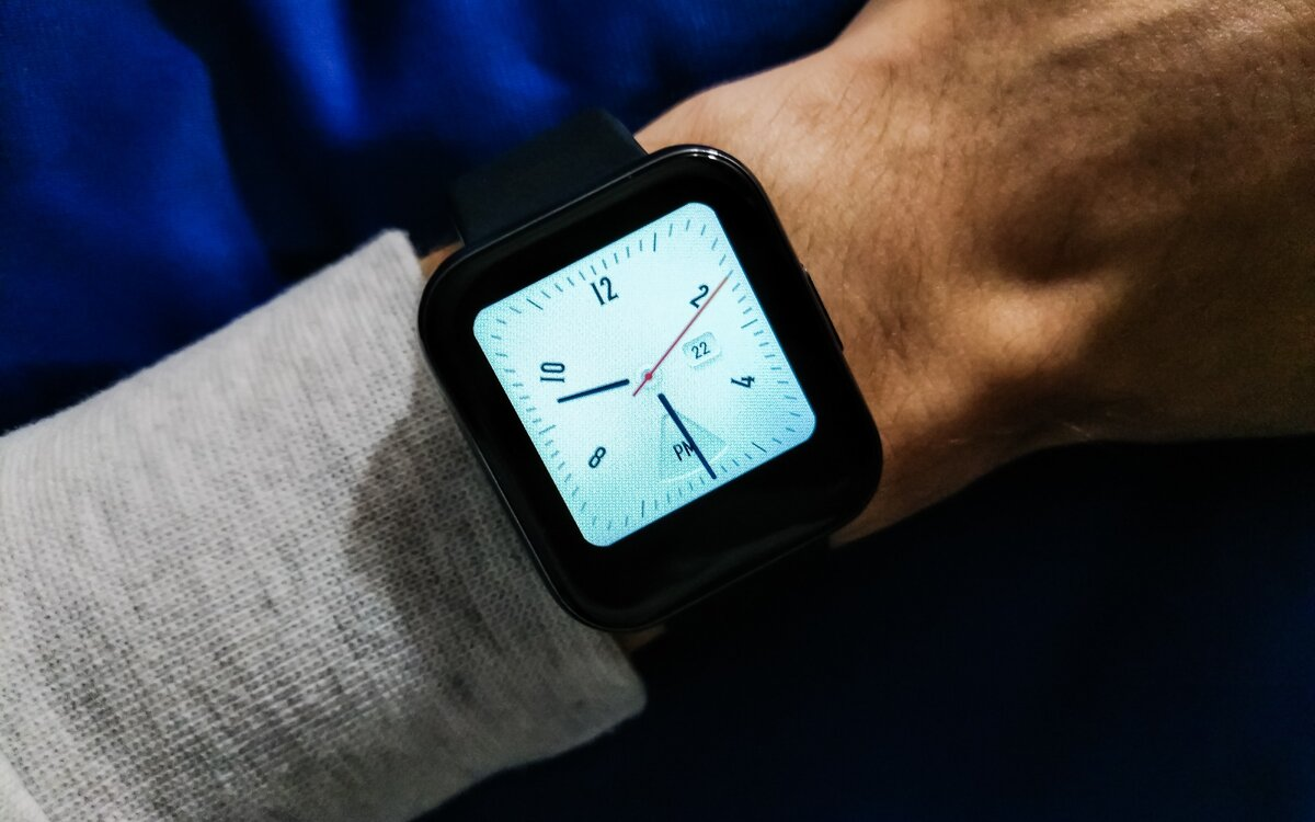 Почему стоит приобрести себе умные часы?