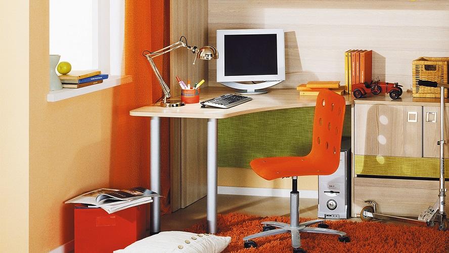 Как подобрать себе письменный стол?